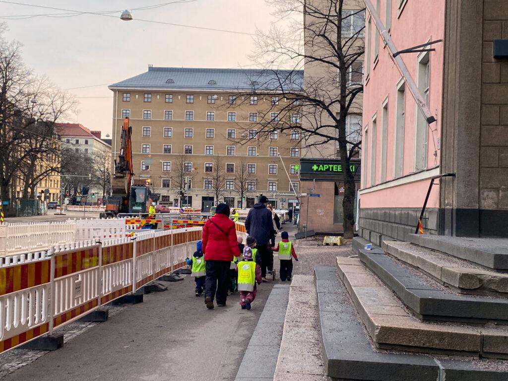 Helsinginkatu Sörnäisiin päin