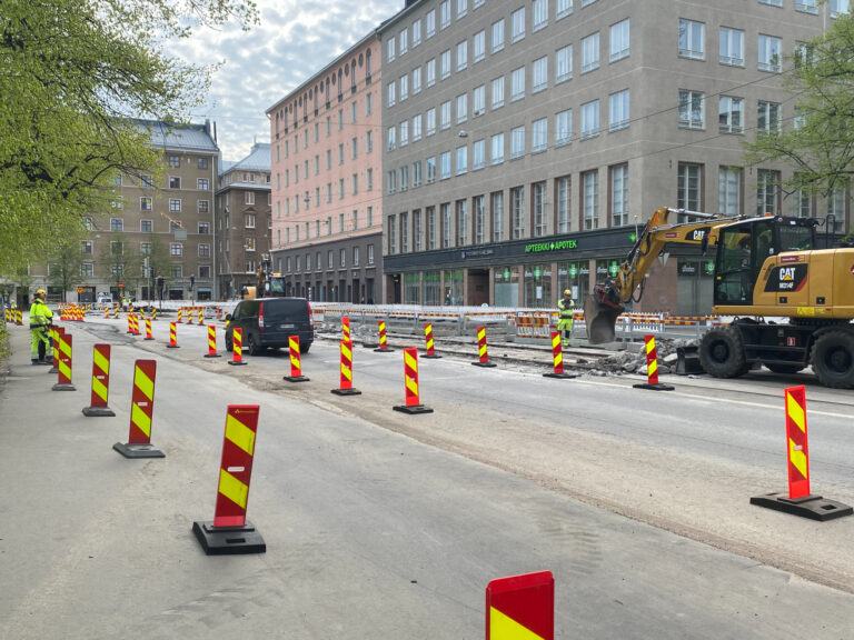 Vesikatko Helsinginkadulla ja Fleminginkadulla.