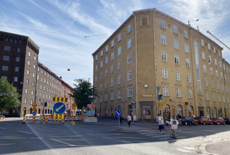 Museokadun ja Runeberginkadun risteys